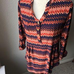 Women's long sleeve chervon blouse size S